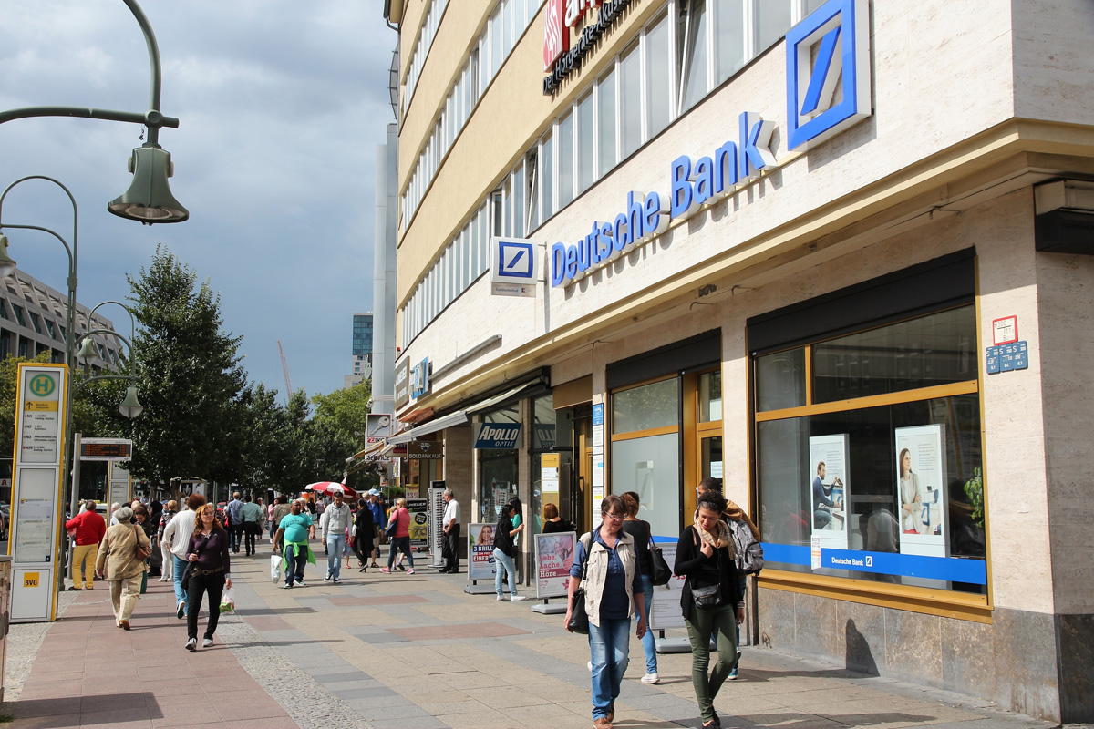 Deutch_bank_ExpatExplore