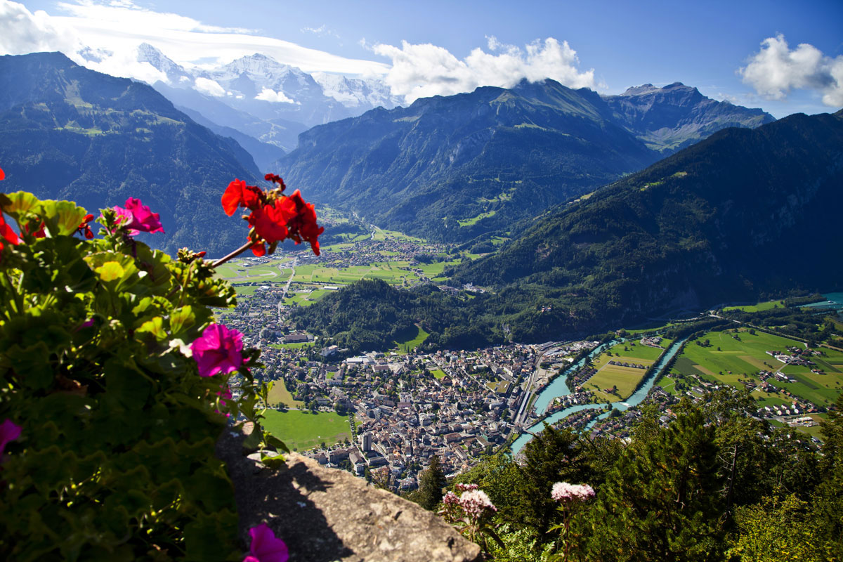 Beautiful_Europe_Switzerland_ExpatExpore