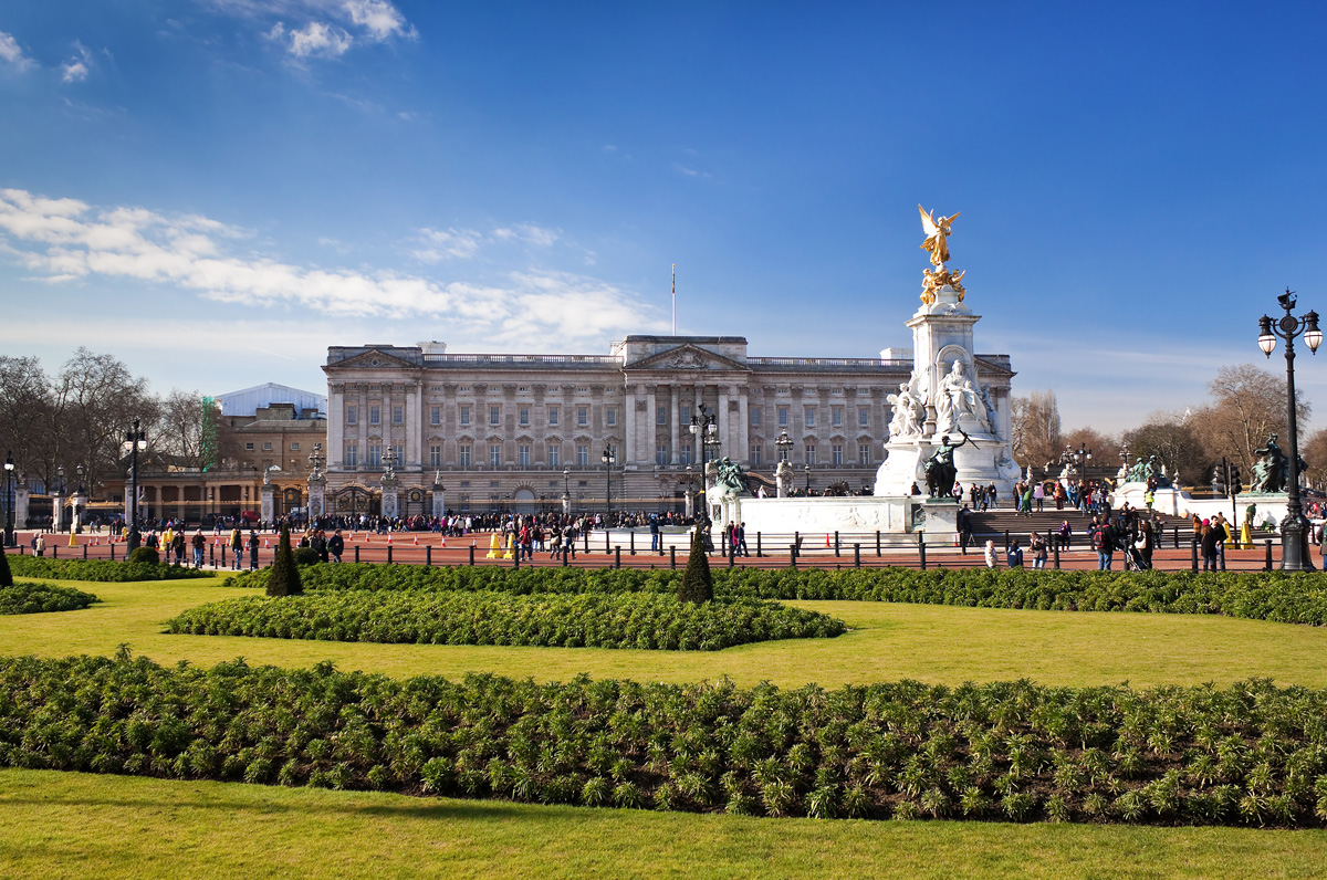 buckingham_palace_london_great_britain