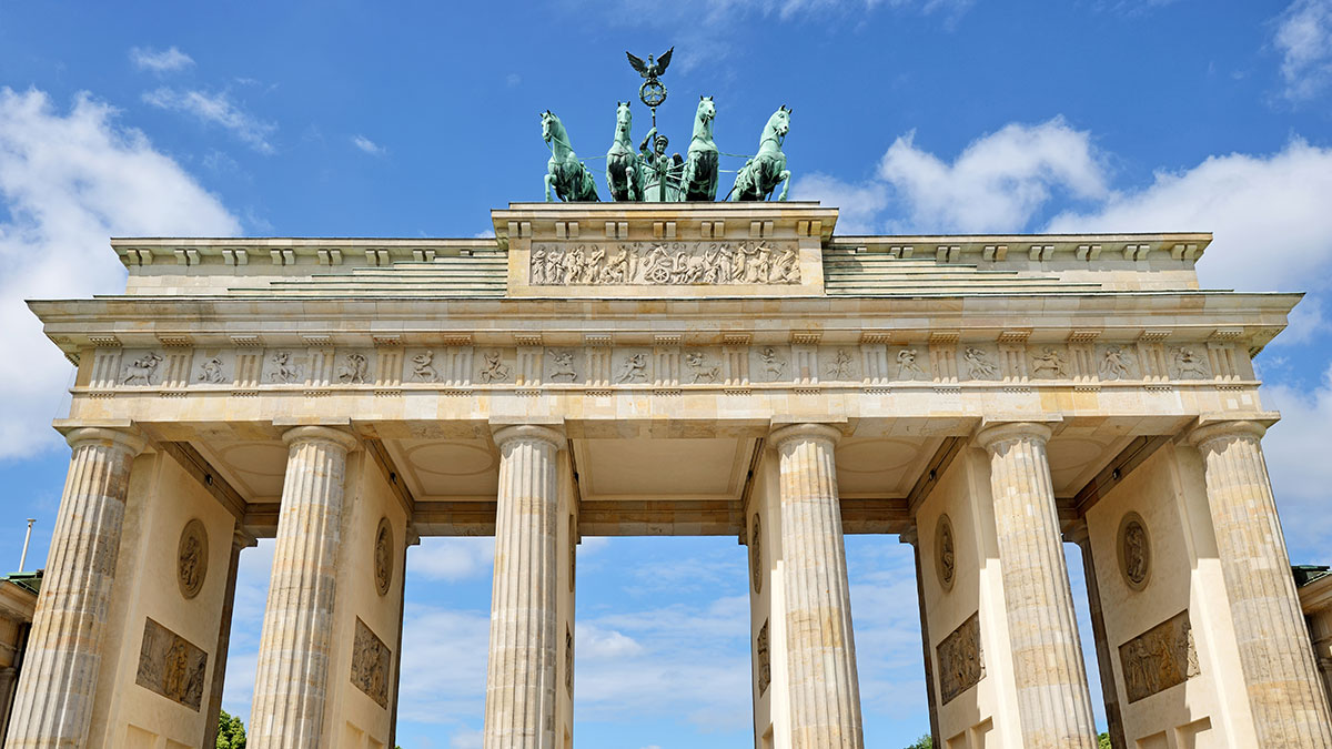 Germany_Berlin_Brandenburg-Gate_Expat-Explore