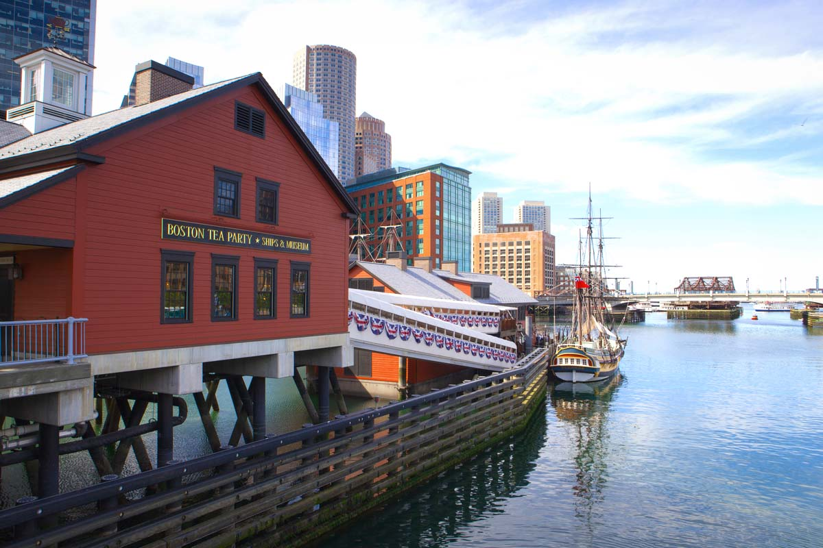Boston tea party floating history museum