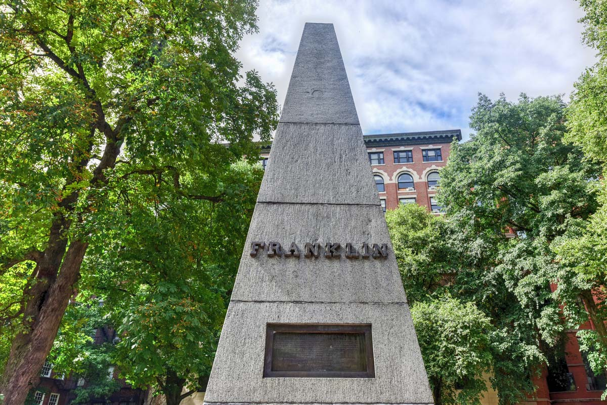 Monument to Benjamin Franklin at Granary burying ground