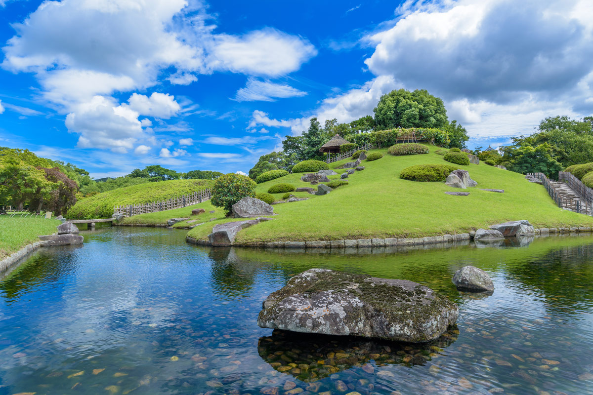 Korakuen is known as one of the Three Great Gardens of Japan