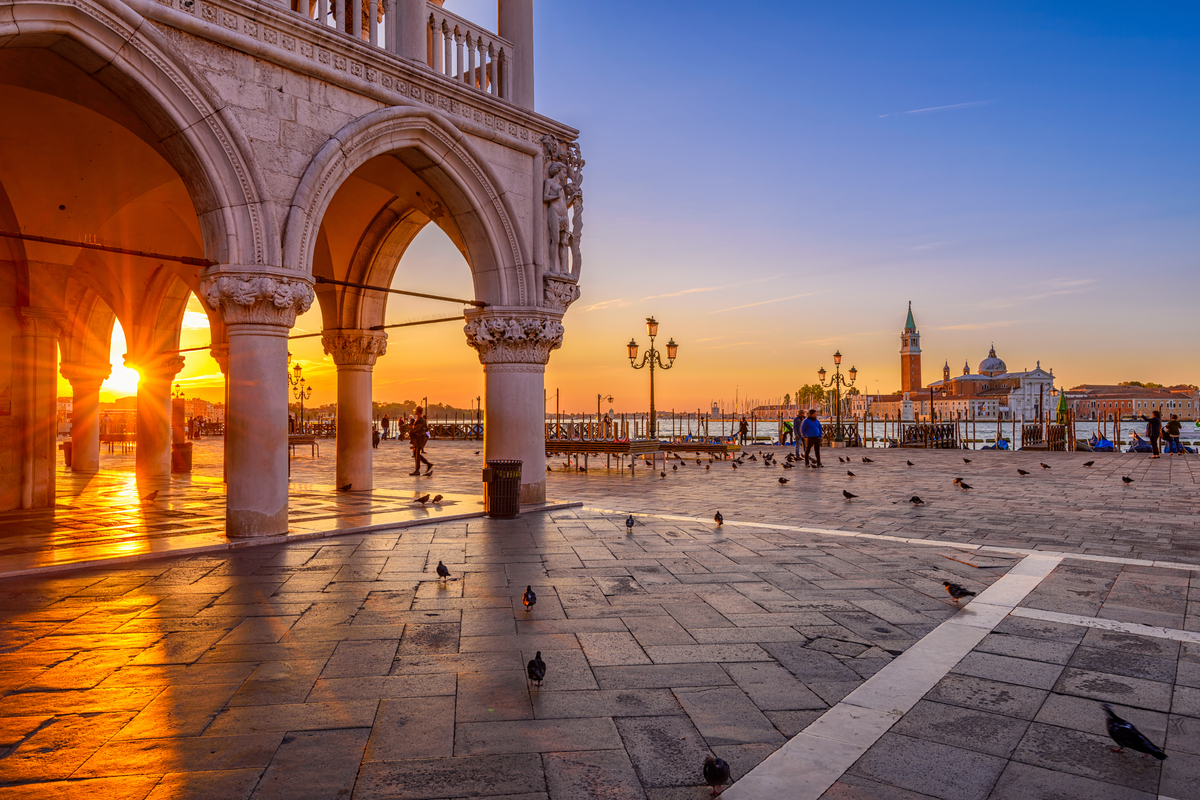 Sunrise Venice St Mark's Square getting up early