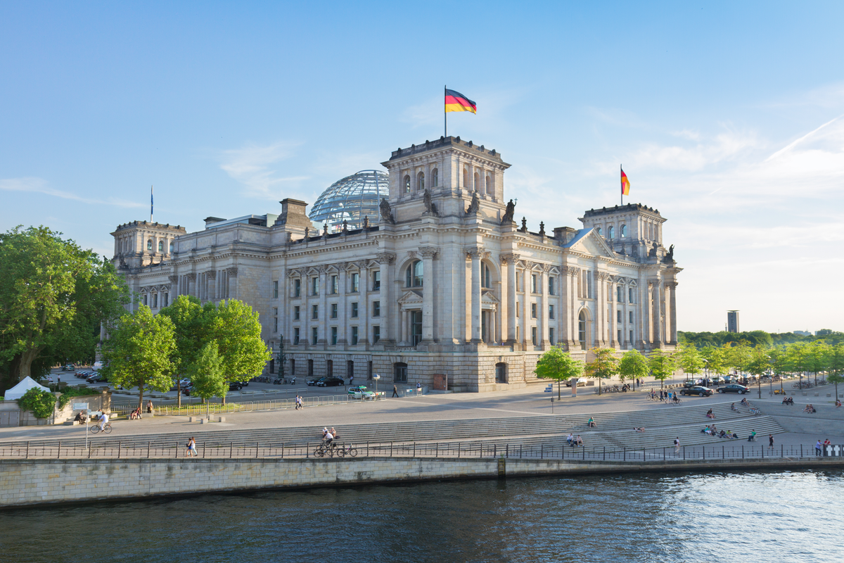 View of the Reichstag building Berlin gems