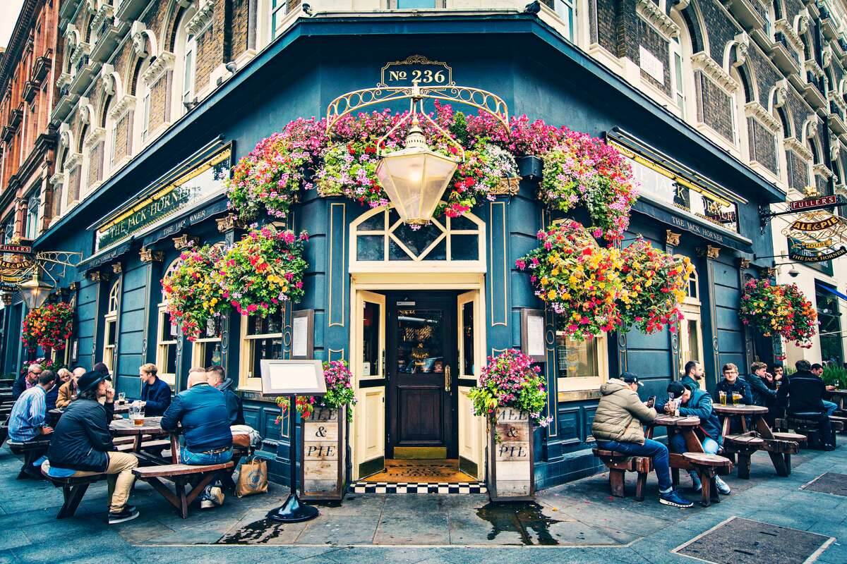 Quaint pub in England UK budget travel